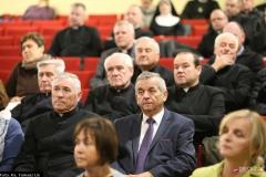 Księża biorący udział w Sympozjum